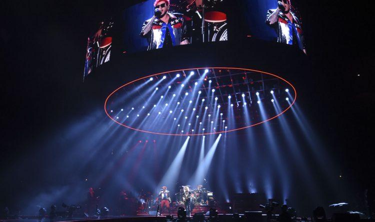 Queen Stage Set