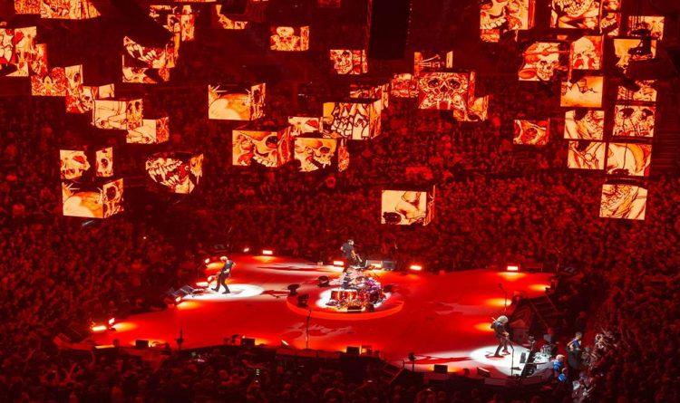 metallica worldwired tour stage